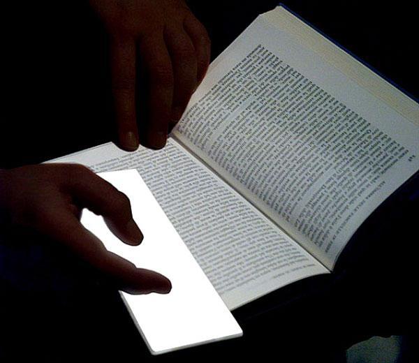 Marque Page OLED  Marque Page OLED pour Lire la Nuit (Concept)
