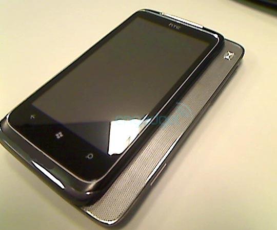 [NEWS] Enfin une date de sortie et un prix pour le HTC HD7 ! [Mise A Jour] - Page 2 Htc-t8788-windows-phone7-