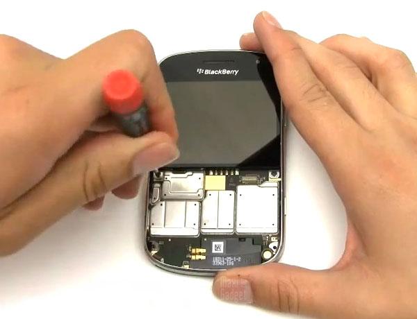 comment nettoyer un blackberry bold 9900
