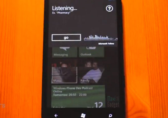 un clone de siri l'assistant vocal sur iphone 4s existe aussi sur windows phone mango