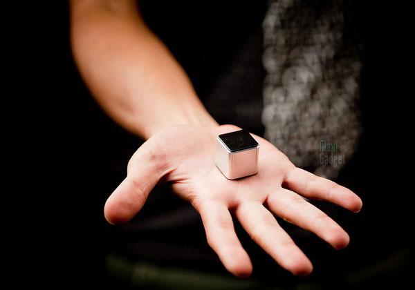 thekube2-plus-petit-baladeur-tactile