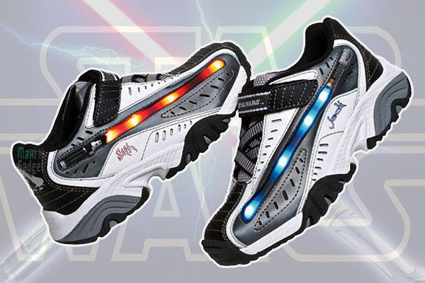 star wars baskets clignotantes aux couleurs du sabre laser