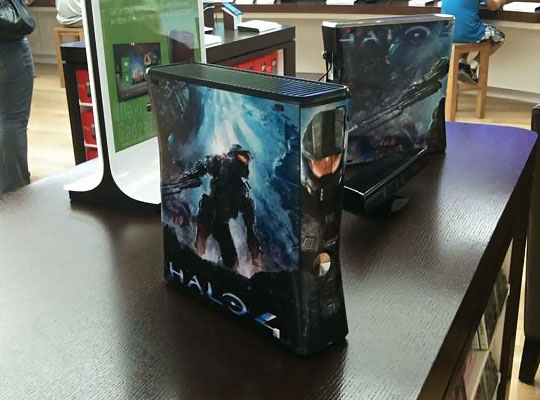 xbox360 halo4 collector XBox 360 aux couleurs de Halo 4: Edition Limitée en Photo