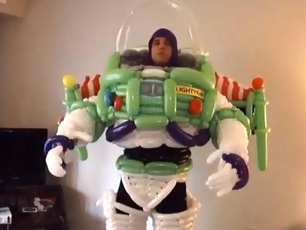 buzz l'éclair plus beau costume en ballons pour halloween