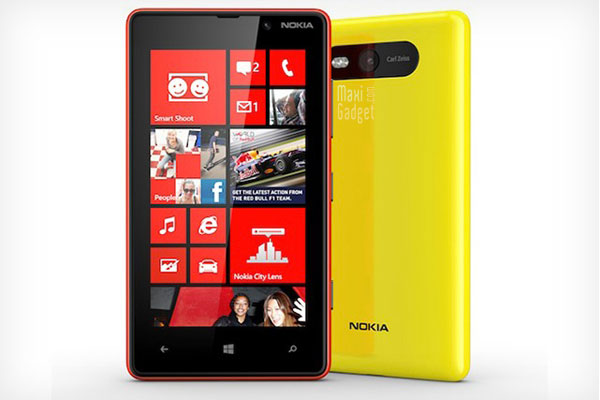 nokia lumia 820 photo officielle du windows phone 8