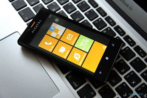alcatel one touch view windows phone 7.8 pas cher