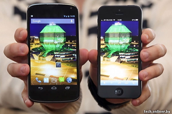 LG Nexus4 vs iPhone 5 comparatif LG Nexus 4: Photo Comparative iPhone 5 et Fiche Technique