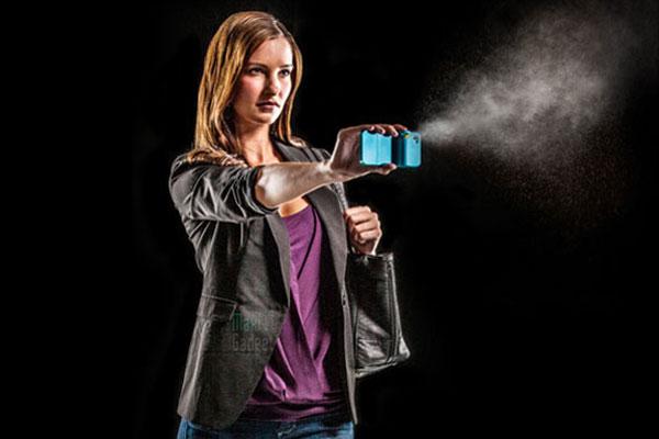 spraytect boitier iphone avec spray au poivre pour se protéger