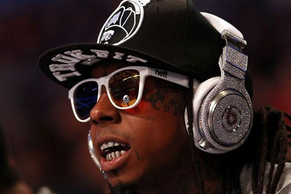 ne jamais porter de casque beats by dr dre dans le metro, preuve en video