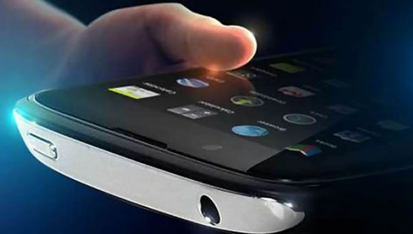 xolo-plus-rapide-smartphone-intel-2013