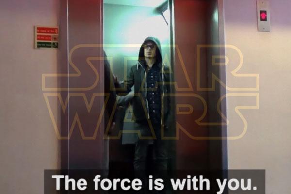Camera Cachee Star Wars : Star wars camera cachée hilarante dans un ascenseur video