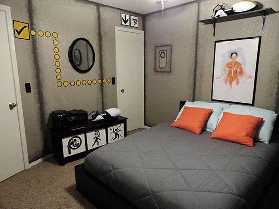 chambre geek portal 15 Magnifiques Chambres Geek aux couleurs de vos Super Héros