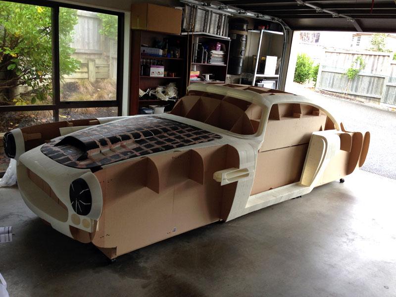 aston martin db4 modele en 3D Il fabrique une Aston Martin DB4 avec son imprimante 3D