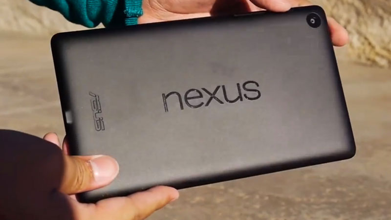 nexus7 v2 Drop Test Video Video NEXUS 7 II: Tablette Google 2013 plus résistante ou pas ?
