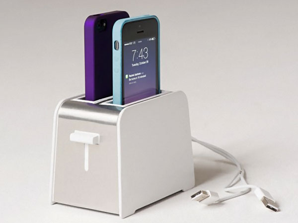 foaster-dock-design-grille-pain-recharge-2-iphone