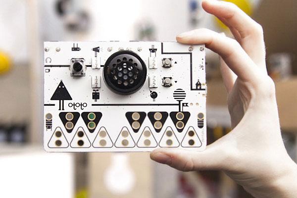 Ototo-kit-musical-qui-transforme-tout-objet-en-instrument-de-musique