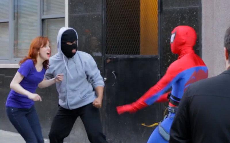 Spiderman-dans-la-vraie-vie-sauvetage-NYC