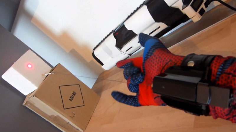 spiderman-gant-fonctionnel-tuto-video