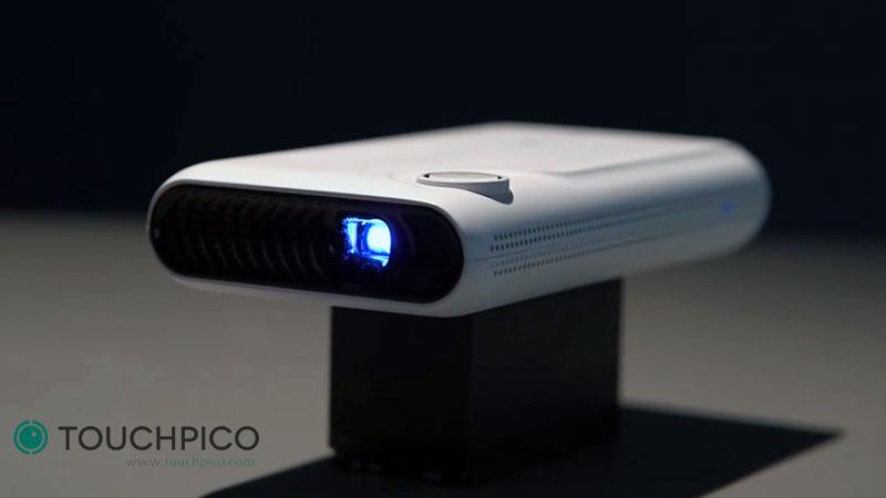 TouchPico-Picoprojecteur-android-transforme-mur-en-ecran-tactile