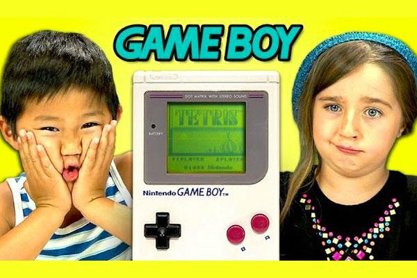 ces-enfants-decouvrent-la-gameboy-pour-la-premiere-fois