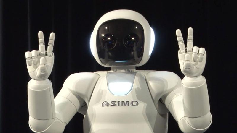 honda-asimo-nouveau-robot-humanoide-demonstration-en-europe