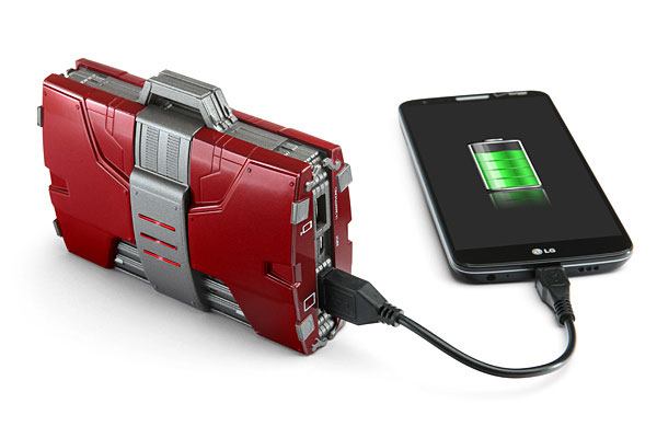 iron-man-mark-v-mallette-tony-stark-chargeur-gadgets