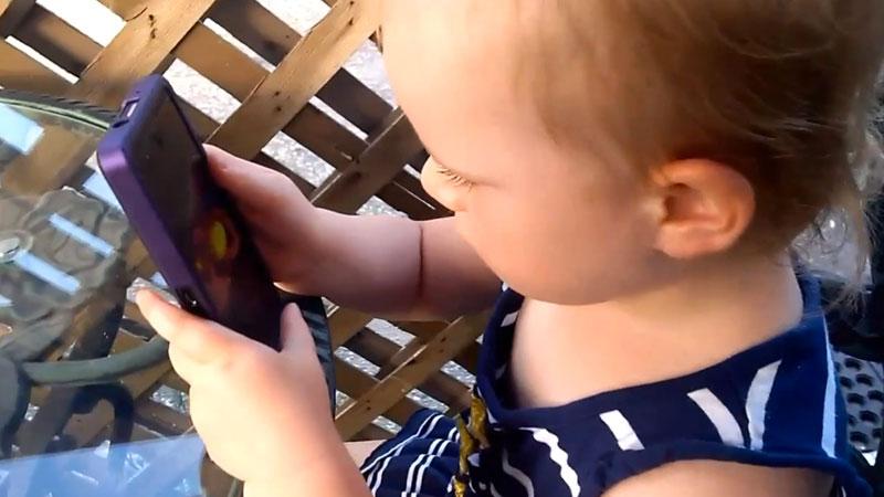 meme-un-enfant-de-2ans-peut-utiliser-Blackberry-10