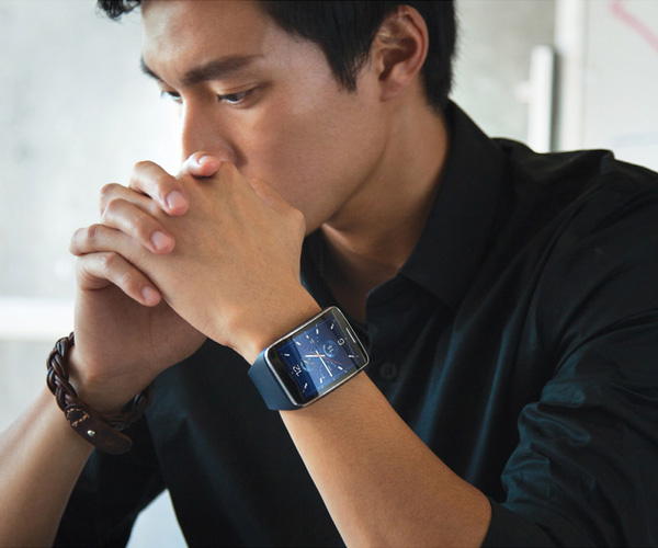 samsung-gear-S-montre-3G-noire