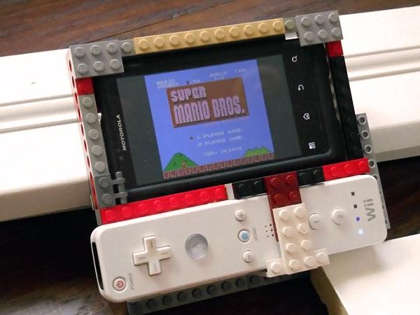 transformer-smartphone-en-console-lego-wiimote