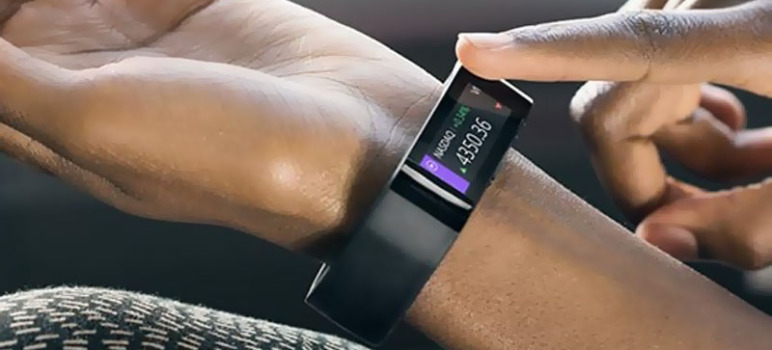 Microsoft-Band-Bracelet-Connecte-iOS-Android-Windows-Phone