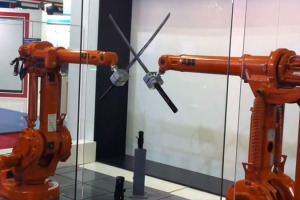 combat-epee-robots-industriels-ABB
