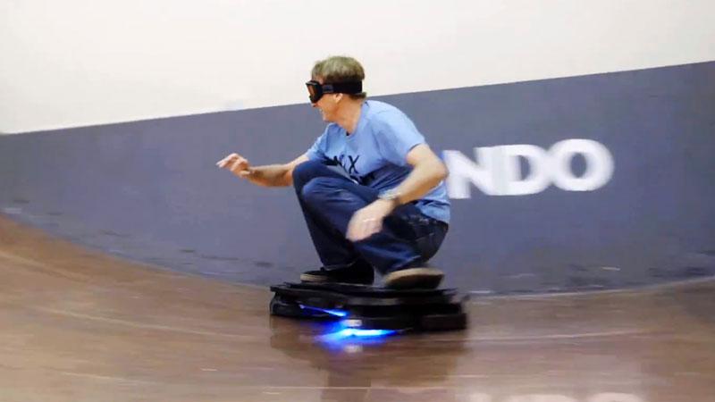 tony-hawk-teste-le-vrai-hoveboard-de-retour-vers-le-futur