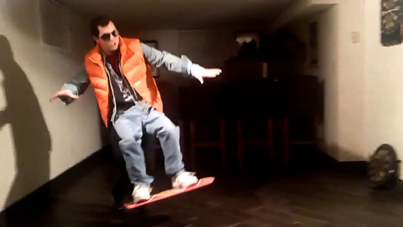 voler-avec-hoverboard-comme-marty-mcfly-voici-comment