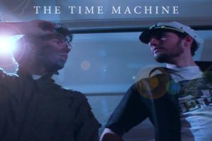 the-time-machine-a-remonter-le-temps-parodie