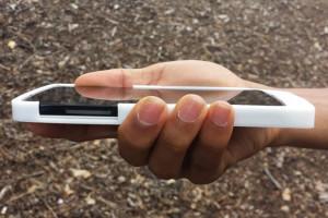 coque-exo-drive-ajoute-port-microSD-sur-mobile