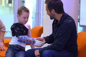 impression-3D-prothese-bras-a-faire-soi-meme-en-test