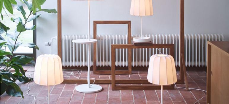 IKEA-mobilier-pour-recharger-sans-fil-smrtphone-tablette