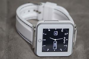 Pipo-C2-montre-connectee-pour-30-euros