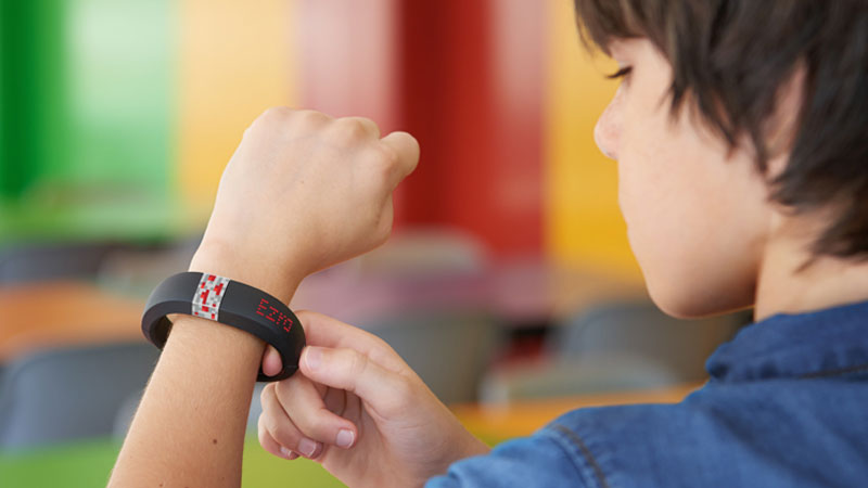 gameband-bracelet-connecte-pour-joueur-minecraft