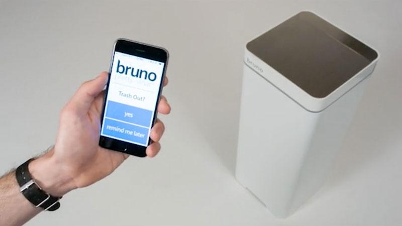 bruno-poubelle-connectee-avec-aspirateur-integre