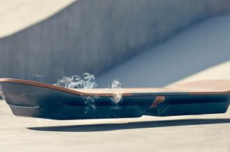 slide-hoveboard-planche-lexus-comme-retour-vers-le-futur