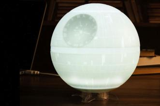 star-wars-death-star-lampe-ambiance-etoile-de-la-mort