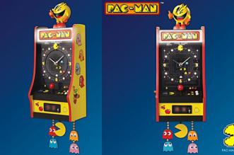 pacman-horloge-en-forme-de-borne-arcade